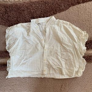 Vintage cropped ruffle button up